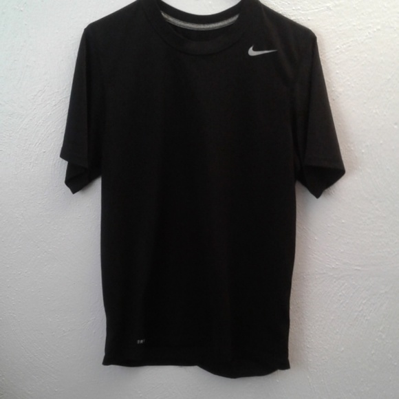 Nike Other - USED🐵 BLUE DRI-FIT NIKE T-SHIRT.